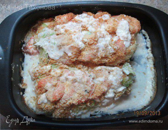 Треска, запеченная с креветками и сыром Джюгас