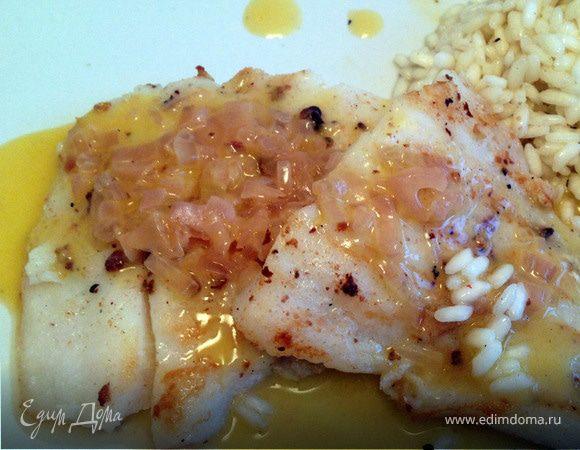 Рыба с соусом из белого масла (Poisson sauce au beurre blanc)