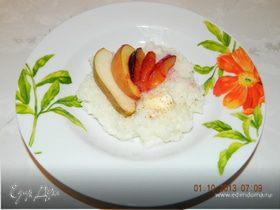 Рисовая каша с запеченными фруктами