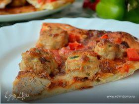 Итальянская пицца с острыми куриными фрикадельками
