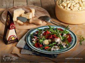 Салат с картофелем, кальмарами, чоризо и сыром Джюгас