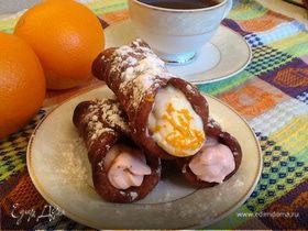 Сицилийские канноли с рикоттой и сливочно-клубничным кремом (Сannoli siciliani)
