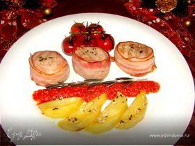 Турнедо из свинины с запеченным картофелем и томлеными помидорками черри