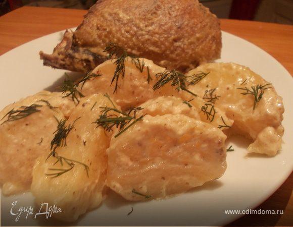 Утка с картофелем в сметане с чесноком