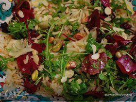 Рисовый салат с изюмом и фенхелем