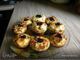 Творожно-бисквитные кексы с изюмом
