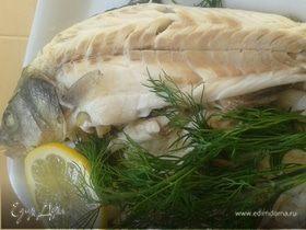 Сибас (морской волк), приготовленный в соли