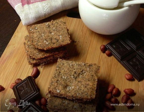 Песочное арахисовое печенье с горьким шоколадом