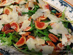 Салат из инжира с фасолью и орехами пекан