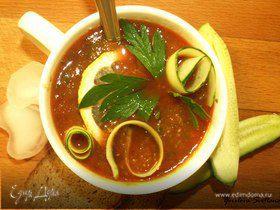Ледяной томатно-огуречный суп