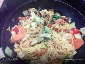 Китайская лапша с овощами