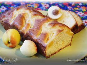 Йогуртовый пирог с персиками в сливочной заливке