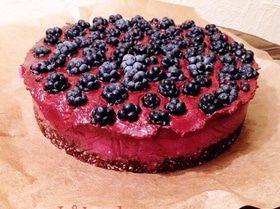 Ежевичный торт с шоколадом (веган)