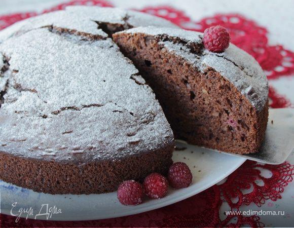 Шоколадный пирог из рикотты с малиной