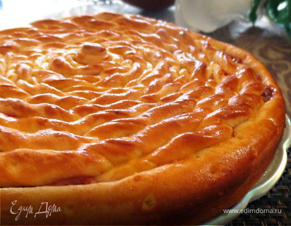 """Пирог """"Спираль"""" с начинкой из малинового джема"""