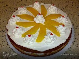 Бисквит с манго и сливками