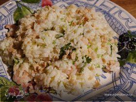 Восточный рисовый салат с креветками