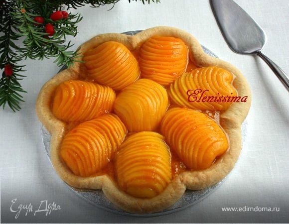 Пирог-цветок с персиками