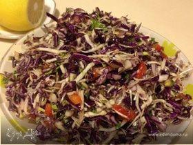 Салат из двух видов капусты