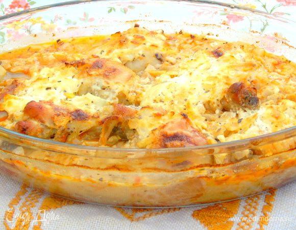 Куриное мясо на помидорах под сырной корочкой
