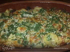 Картофель, запеченный с моцареллой, вялеными томатами и кунжутом