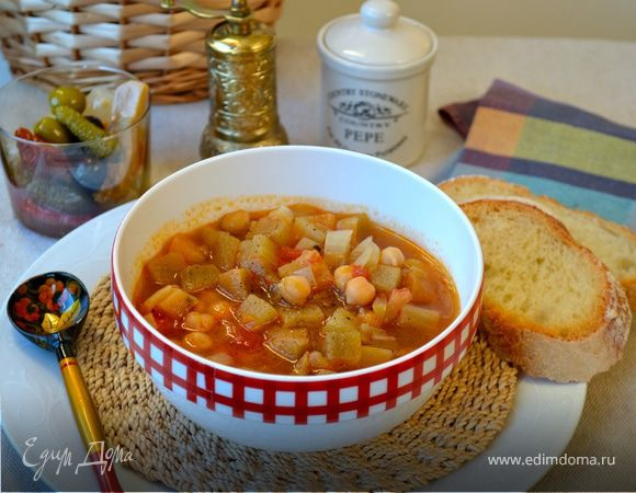 Томатно-баклажановый суп с нутом