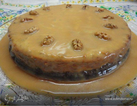 Ореховый чизкейк с карамельным соусом