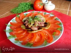 Салат с помидорами и заправкой из печеного чеснока