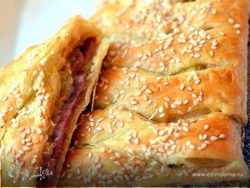 Штрудель с кабачками, ветчиной и сыром