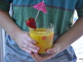 Коктейль киви и манго
