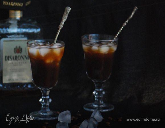 Ледяной кофе с амаретто