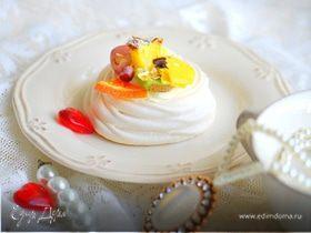 """Ванильный десерт """"Павлова"""" с фруктами"""