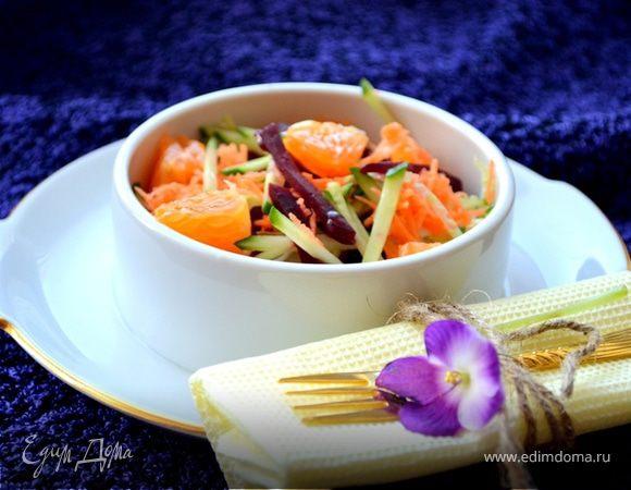 "Салат с мандаринами ""Яркий"""