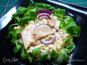 Салат с печенью трески и майонезно-горчичной заправкой