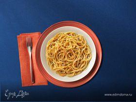 Спагетти с анчоусами и хлебными крошками