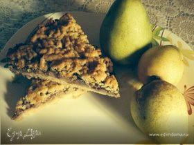 Тертый пирог с грушей и шоколадом