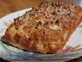 Банановый хлеб с грушами и орехами