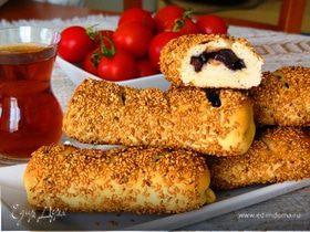 Турецкий симит с маслинами