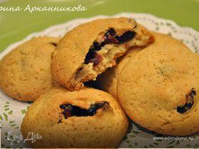 Печенье с вяленой вишней