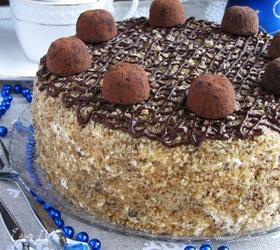 Бисквитный ореховый торт