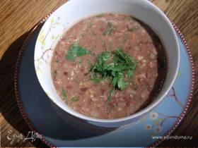 Грузинский суп из красной фасоли