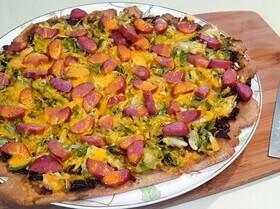 Пицца на тонком тесте с брюссельской капустой