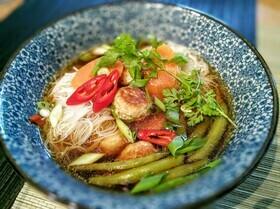 Тайский суп с фрикадельками