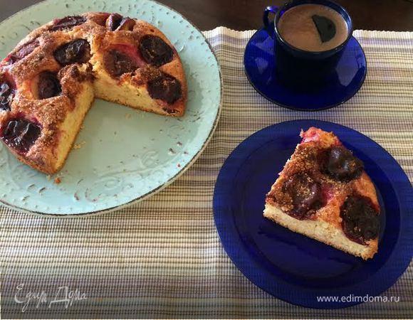 Домашний сливовый пирог