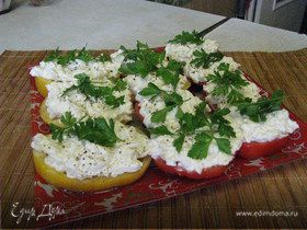 Помидоры с сыром и чесноком