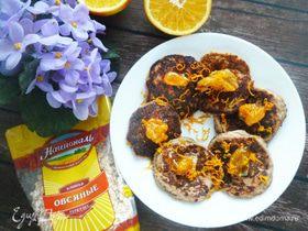 Овсяные блинчики с орехами и мандариновым соусом