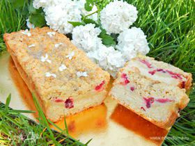 Пирог с пудингом и ягодами