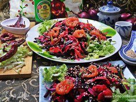 Рисовая лапша с рыбой и овощами
