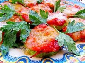 Мини-пиццы на кабачке