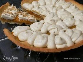 Абрикосовый тарт с франжипаном и миндальным крокантом